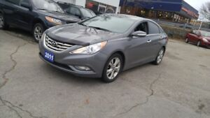 2011 Hyundai Sonata Limited 4 cyl  Leather, Sunroof  No accident