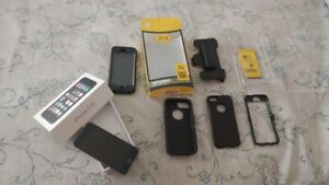 IPHONE 5S IN AMAZING CONDITION WITH 2 OTTERBOXES!