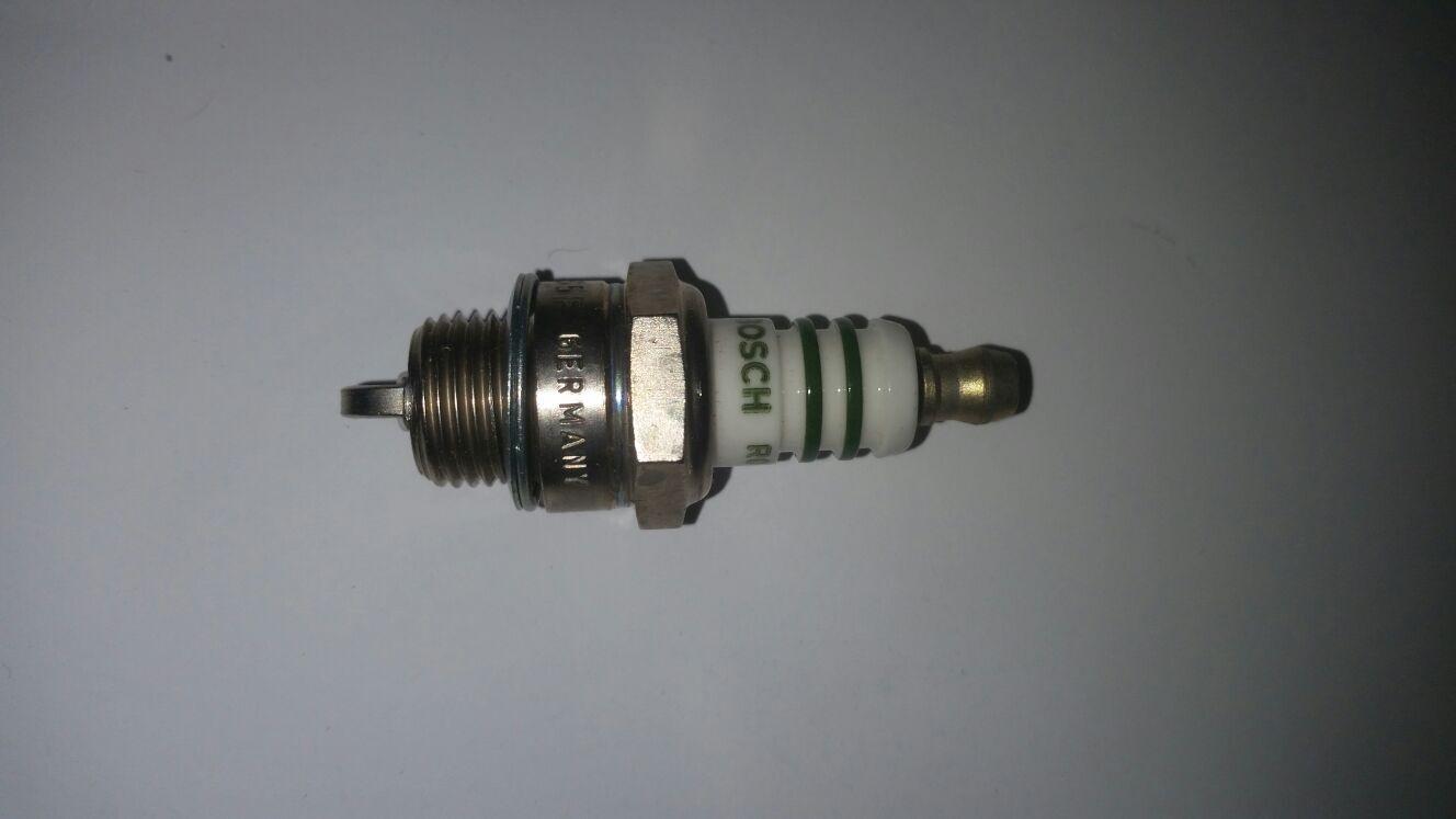 Original Bosch WS5F Spark Plug For Bambino Comer C50 Engine NextKarting New