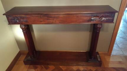 La Credenza In Hume : Wooden hallway buffet table buffets & side tables gumtree