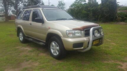2002 nissan pathfinder 4x4 st plus Empire Bay Gosford Area Preview