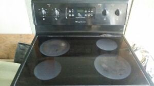 Frigidaire Glass-top Electric Stove, free delivery