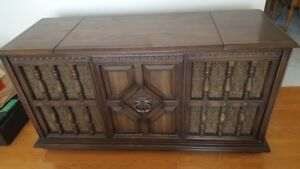 Antique HiFi , 8 track, turn table, stereo console cabinet