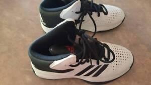 Boys Adidas Basketball Shoes Helena Valley Mundaring Area Preview