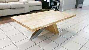 OAK COFFEE TABLE Eagleby Logan Area Preview