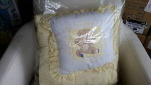 CRIB BLANKET + PILLOW Frenchs Forest Warringah Area Preview