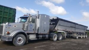 2005 peterbilt 378 and 2010 live bottom for sale