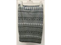 Womans black and white pattern new look skirt size 8