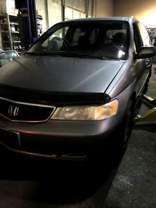 parting out 2000 Honda Odyssey EX for PARTS!! Grey in color!
