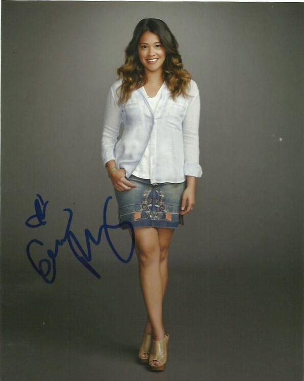 Gina Rodriguez Jane the Virgin Autographed Signed 8x10 Photo COA