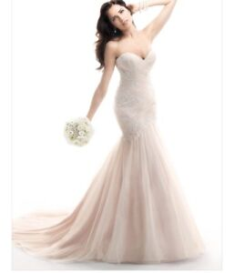 Size 4 Maggie Sottero Haven Blush Wedding Dress