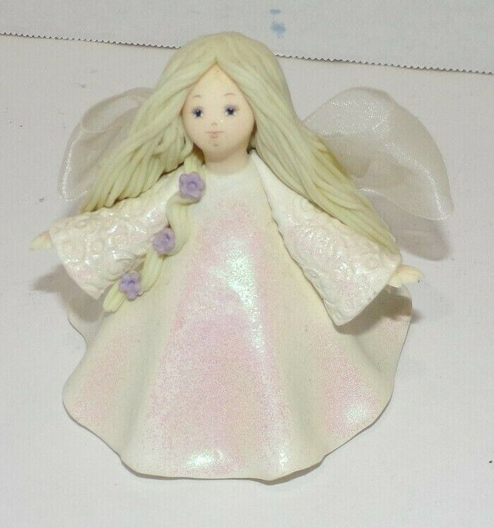 Pavilion Gift Co Kneeded Angels Laughter 6006 Figurine 3 3/4 Tall - $9.99