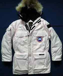 Canada Goose Expedition Parka size XS -  4565M