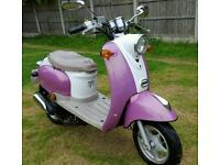 2006 50cc moped runs and rides but needs bit if work see notes. Can deliver