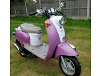 50cc moped. Runs but needs work see notes. Can deliver