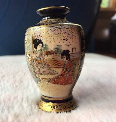 Rare Signed Antique JAPANESE SATSUMA GILDED PORCELAIN CABINET VASES Meiji Period