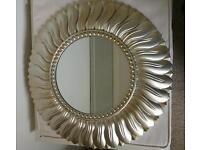 Circular sun mirror