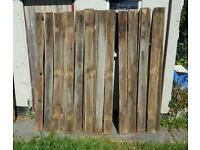 """34 x FEATHER-EDGE FENCING BOARDS - 6'6"""" X 6"""""""