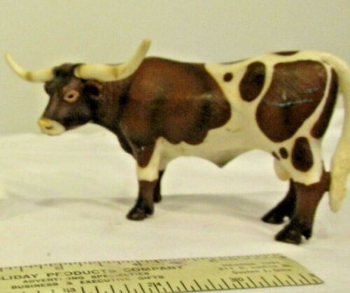 Retired Schleich Cow TEXAS LONGHORN BULL 2002 Farm Animal Figurine