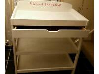 Changing table Old White Annie Sloan