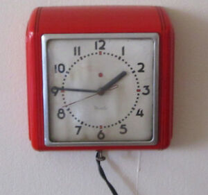 Retro Vintage 1950s Kitchen Wall Clock Red Works