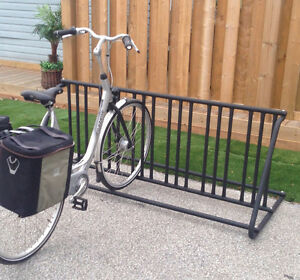 Traditional 10Slot DoubleSided Bike Rack Brand New Powdercoated Sarnia Sarnia Area image 2