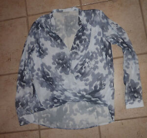 Ladies dress tops, size L and XL, excellent condition $ 10-$15 Kitchener / Waterloo Kitchener Area image 6