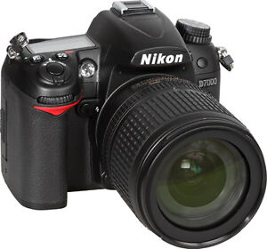 NIKON D7000 Camera For Sale with All pieces included