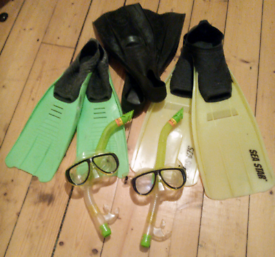 Scuba diving fins, snorkels and facemasks - job lot