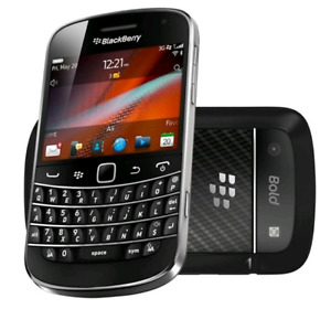 Like new! Blackberry  Bold Touch 9900 OEM Unlocked Smartphone.