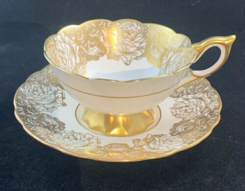 ROYAL STAFFORD BONE CHINA, MADE IN ENGLAND - EST 1845 - GOLDEN BOUQUET