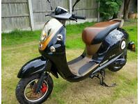 2015 50cc moped mot 2018. Can deliver see notes.
