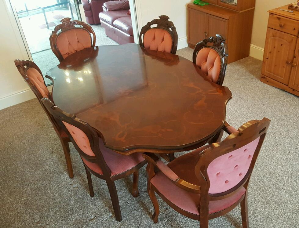 Classic Italian Mahogany Dining Table With 6 Chairs
