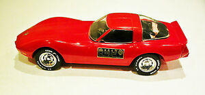 Vintage-1978-Jim-Beam-Red-Corvette-Decanter