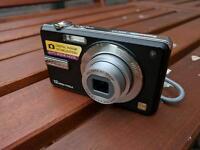 Panasonic DMC-F3 - 12MP Digital Camera - With charging dock.
