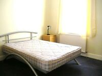 LARGE BRIGHT FIRST FLOOR 2 DOUBLE BEDROOM FLAT NEAR ZONE 3, 24 HOUR BUSES, HIGH ROAD & SHOPS