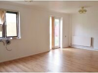 City Centre - Furnished 2 bedroom house, Great Location - Suit 2 Sharers/ Prof Family