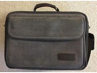 TARGUS LAPTOP/OVERNIGHT CARRY-ON SOFTBUCK BAG complete with Shoulder Strap.