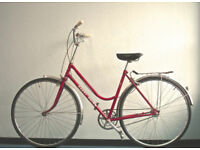 Gorgeous Lightweight Dutch Style 3 speed Ladies bike, Serviced
