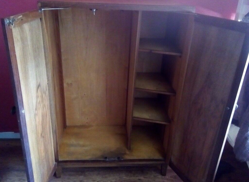 Beautiful Vintage Cupboard/Wardrobe/Cabinet.