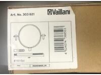 Vaillant Flue Support Clips (Box 5) 100mm Diameter 303821