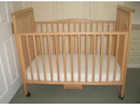 Global Brio Bedside Cot - Excellent Condition