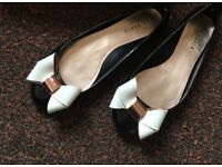 Ladies Ted Baker patent jelly bow shoes, black and cream , size UK 6, Eur 39