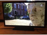 """TOSHIBA 47"""" LED TV FREEVIEW USB MOVIES 4X HDMI FULL HD CAN DELIVER."""