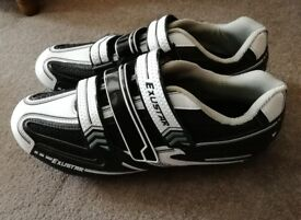 Exustar accelerate road shoes size 44 / UK 10