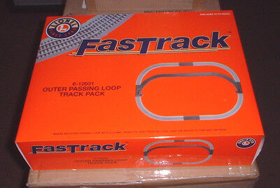 LIONEL FASTRACK 6-12031 w/Right & Left Switches plus- Outer Passing Loop - New