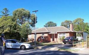 Rooms for rent in a good group.TV,Radio,Fridge,Linen,KeyBBQ. Elizabeth Playford Area Preview