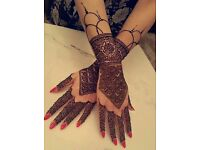 Henna mehndi artist - booking now for eid