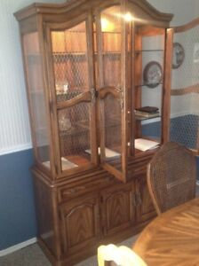 CHINA CABINET + HUTCH — brand new condition