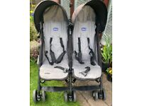 Chicco Twin Buggy + cosy toes/foot muff
